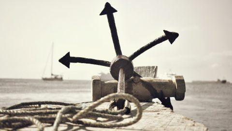 Ancla y velero